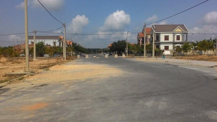 Bán gấp lô đất TP Biên Hòa ngay trục đường 60m, giá 250 triệu, sổ hồng