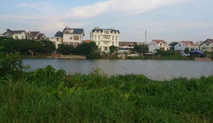 Bán đất mặt tiền Sông Sài Gòn, Quận 12, Diện tích 9,15x30m giá chỉ 3,3 tỷ