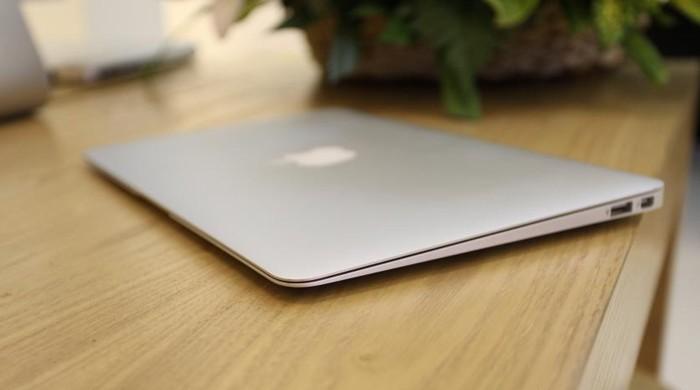 Laptop Macbook air 2014 MD761, i5 1.4G, 4G, ssd128G, like new, giá rẻ0