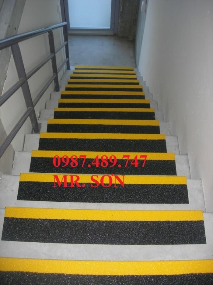 ốp gờ bậc thang nhà máy9