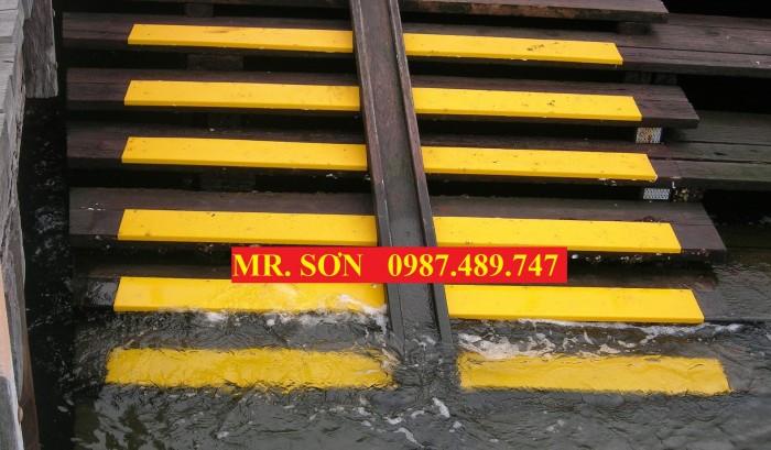 tấm ốp gờ bậc thang nước biển12