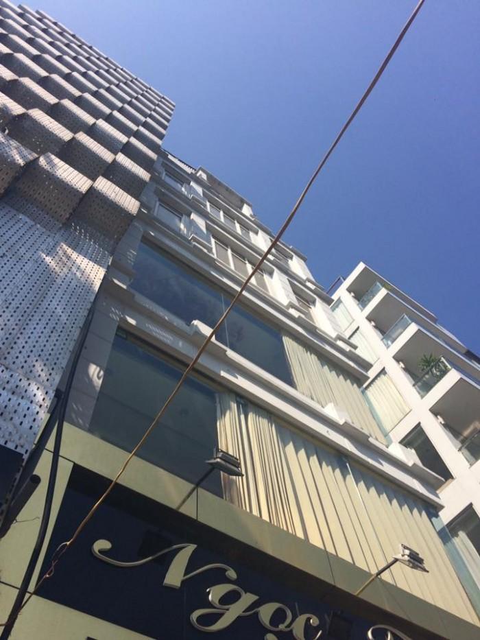 Bán tòa nhà mặt phố Tôn Đức Thắng diện tích 130m2x 6 tầng, mt 5.2m giá TL.