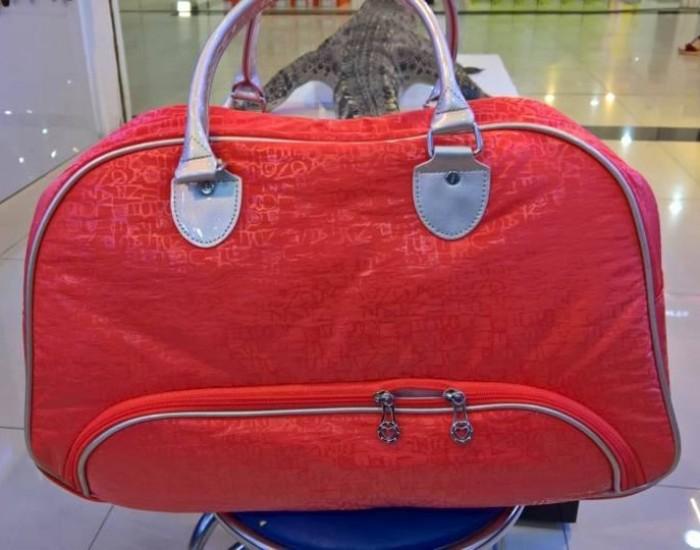 Túi quần áo golf Boston Lady hiệu GVTour Nhật màu cam