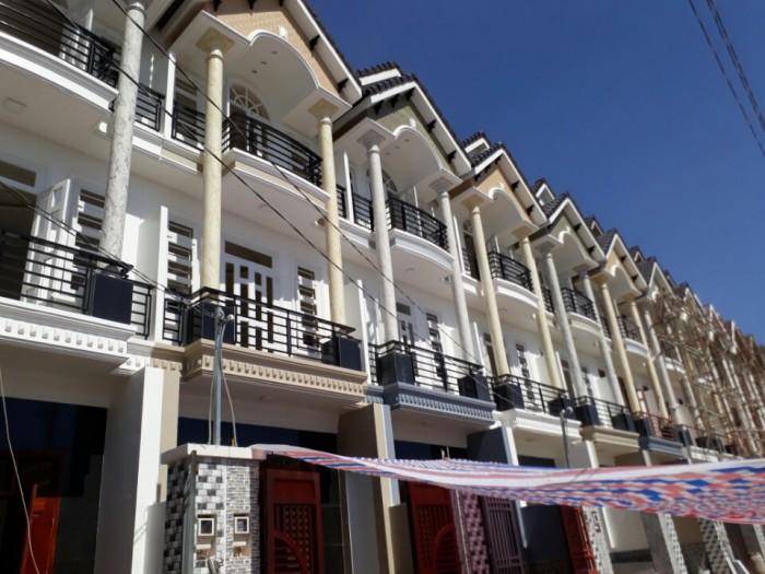 Nhà phố Thạnh Xuân 22, DT: 4m x 14, 4 phòng ngủ, hướng Đông Nam