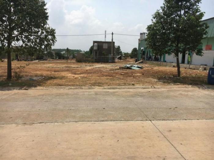Cần bán gấp Lô đất Lê Văn Việt