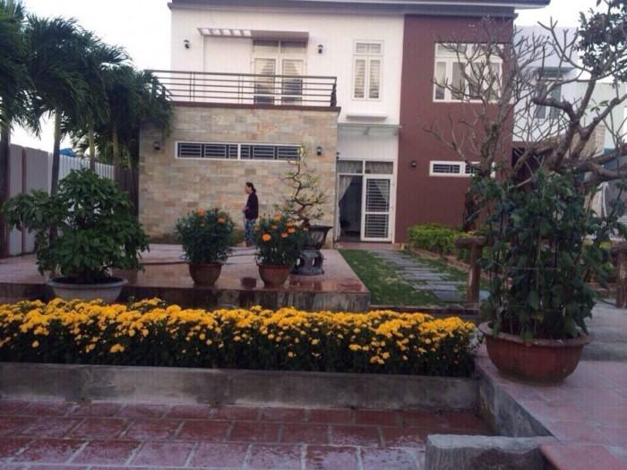 Biệt thự nhà vườn Ngũ Hành Sơn, 2MT 2 tầng, DT đất 387m2, MT 15m cần bán.