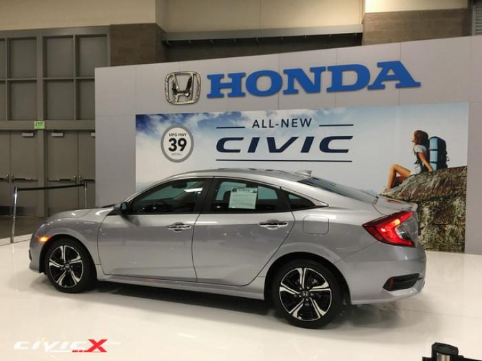 Honda Civic sản xuất năm 2016 Số tự động Động cơ Xăng