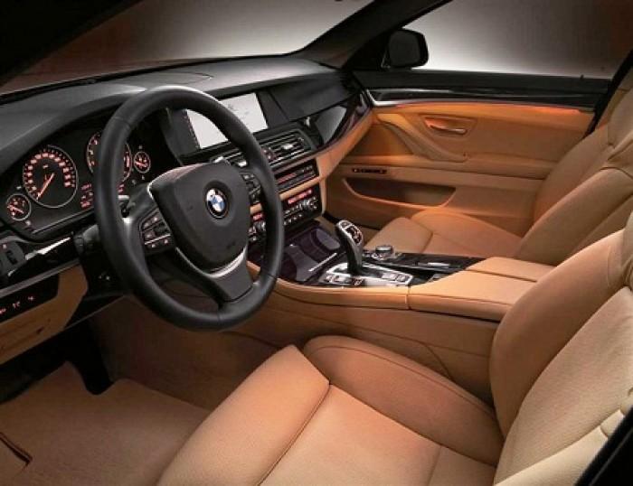 BMW 520i sản xuất năm 2013 Số tự động Động cơ Xăng