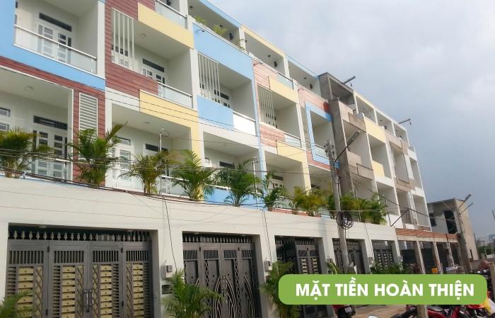 Bán nhà 1T 3L 4PN sân để xe oto, có SHR sát đường Phạm Văn Đồng.