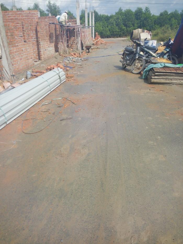 Bán gấp lô đất 100m2 sổ riêng thổ cư, đường nhựa 5m gần đường phùng Hưng, ngã 3 Thái Lan. Giá 130tr