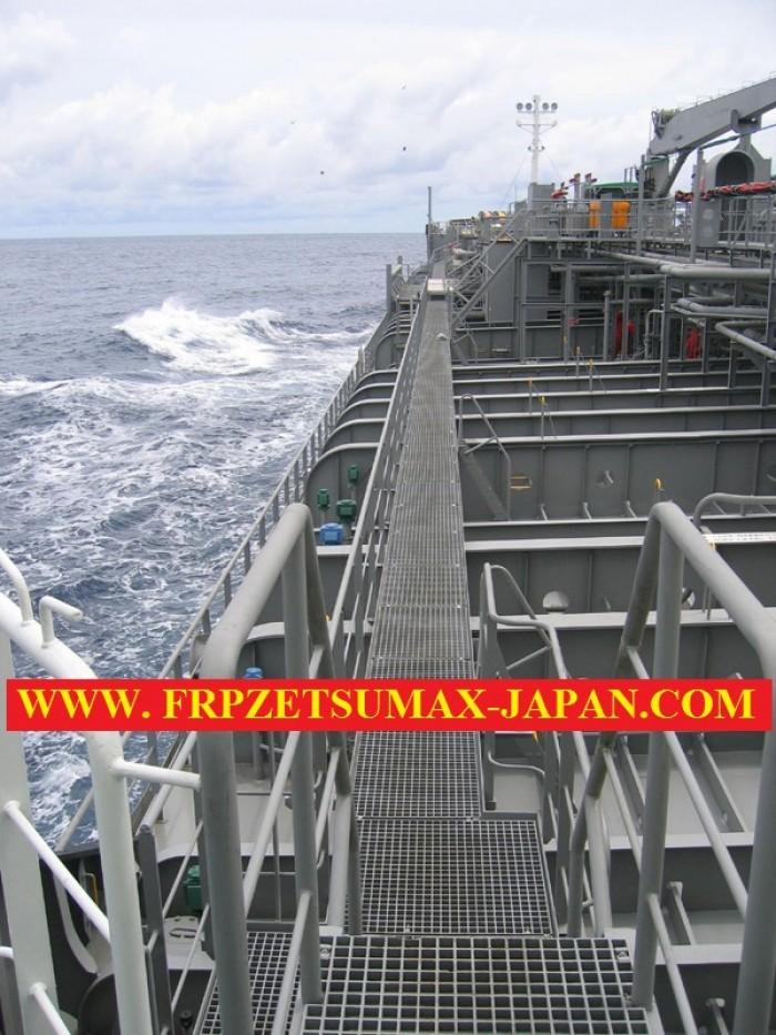 sàn thao tác chống trượt trên tàu