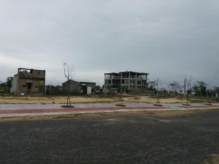 Bán đất đường Văn Tiến Dũng  4 triệu/m2