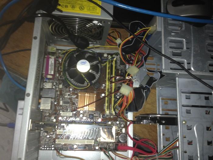 Case máy tính g41 ram 2 gb card rời 1 gb + LCD 17 ich1