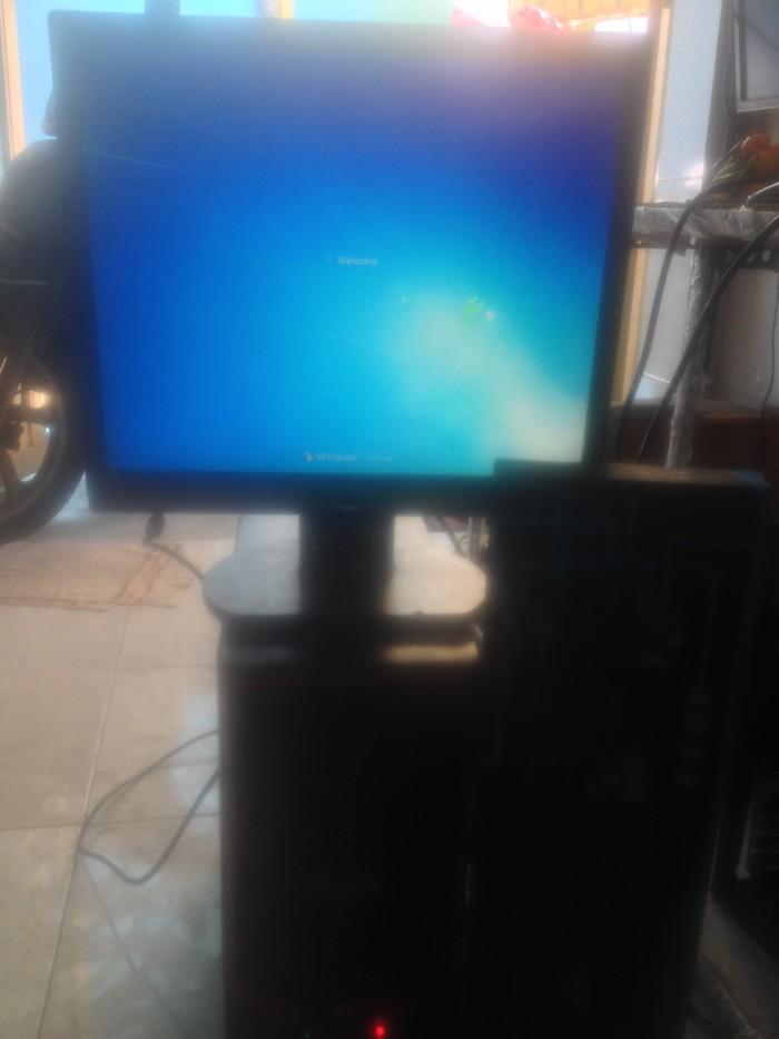 Case máy tính g41 ram 2 gb card rời 1 gb + LCD 17 ich5
