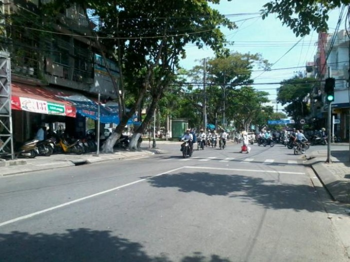 Bán nhà cấp 4 mặt tiền đường Ông Ích Khiêm, Quận Hải Châu, TP Đà Nẵng