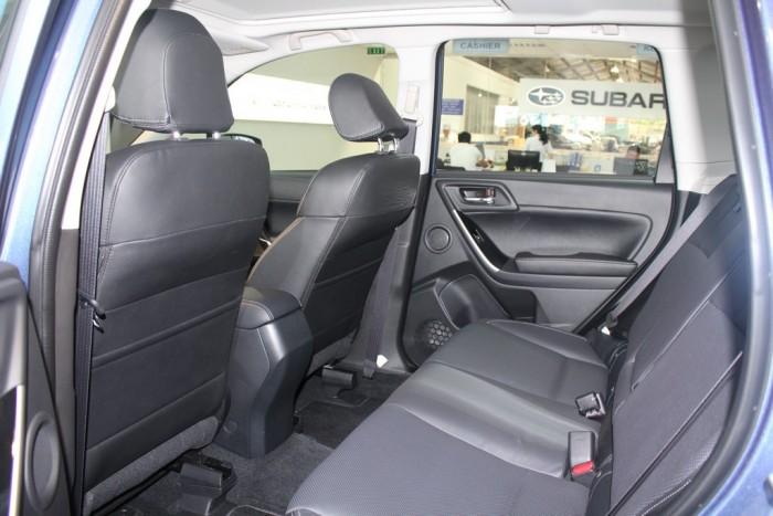 Xe Subaru Forester 2.0XT dòng xe Suv 5 chỗ, máy xăng, số tự động, màu xanh