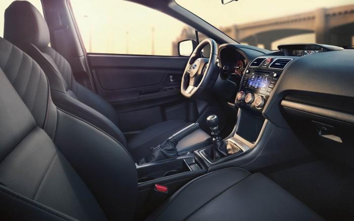 Xe Subaru WRX 2017 dòng xe Sport Sedan 4 chỗ, máy xăng, số tự động