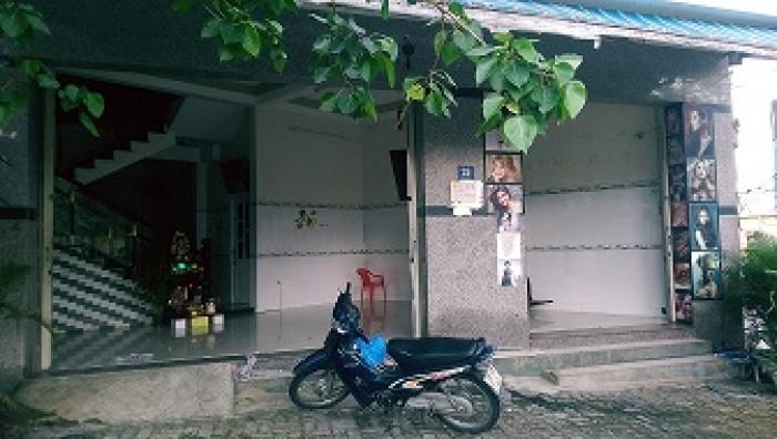 Mặt tiền đường Nguyễn Thế Lộc, cách sân khấu Pháo Hoa Quốc Tế 70m