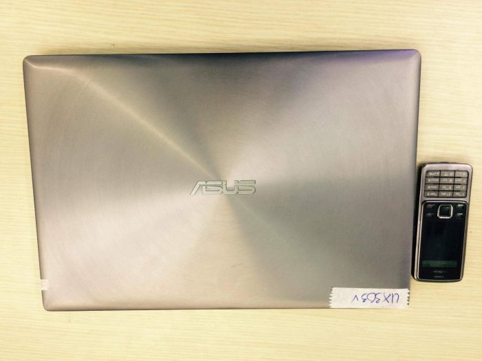 Laptop Asus  CPU: core i5 62000