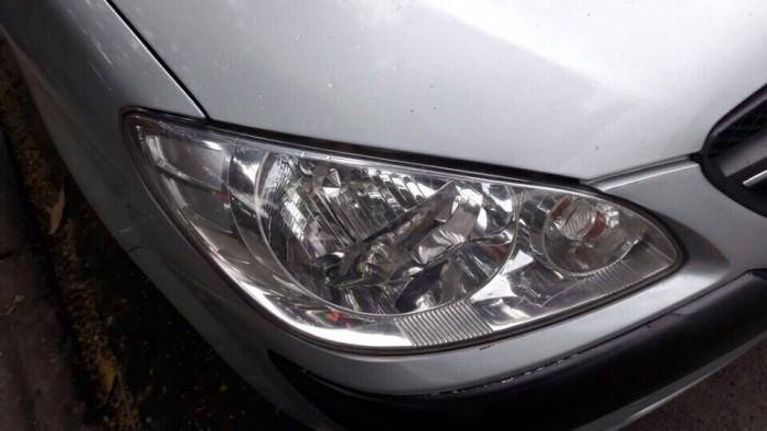 Gia đình cần bán xe huyndai Getz đời 2009, màu bạc, chính chủ, bản đủ. 11