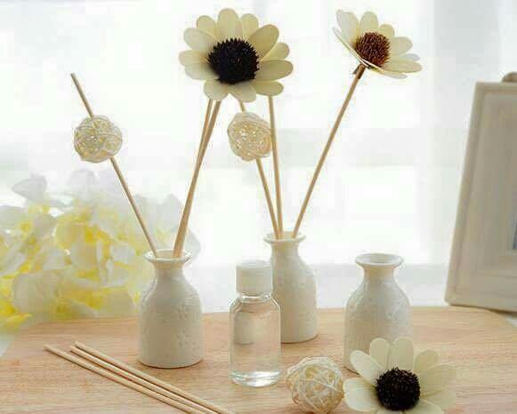 Tinh dầu thơm lavender và hoa hồng