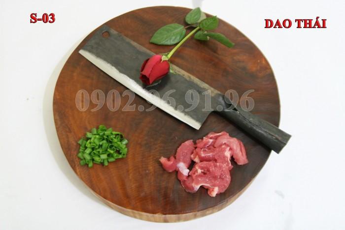 DAO THÁI THỊT PHÚC SEN - CAO BẰNG +Đặc điểm: mỏng, nhẹ, chuôi bằng thép liền. rất chắc chắn và bền với thời gian. + Công dụng: Chuyên thái các loại thịt, rau củ và các sản phẩm cần độ mỏng cao. + Chất liệu: 100% thép nhíp ô tô + Chiều dài tổng thể : 31-36cm (lưỡi dao dài 19cm - 21cm, Chuôi dao dài 12-15cm) + Chiều rộng lưỡi: 5-7cm. + Trọng lượng: 200-300g + bảo hành 12 tháng bằng hóa đơn mua hàng. đổi, trả trong vòng 30 ngày nếu không ưng ý về sản phẩm. Giá 175.000đ