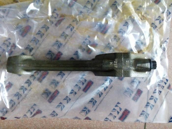 Phụ tùng động cơ - Tay biên 6D95 lắp ủi D31-18, PC100-3 4