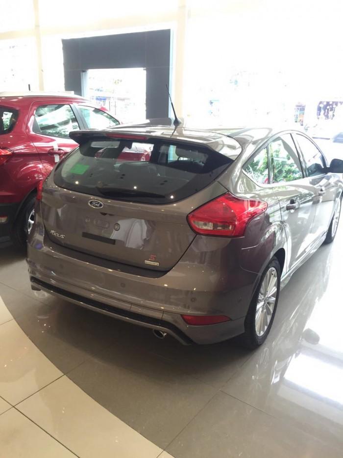 Bán Ford Focus đời 2019, 570 triệu có xe giao ngay Km lên đến 40tr