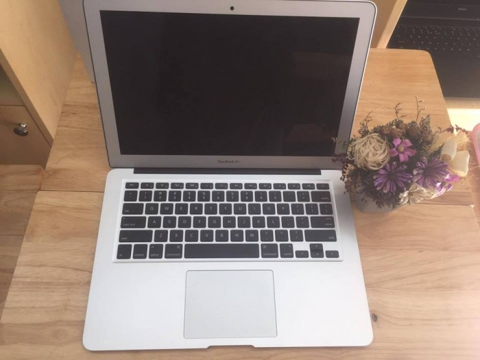 Macbook air 13inch MD760 i7 - Model 20140