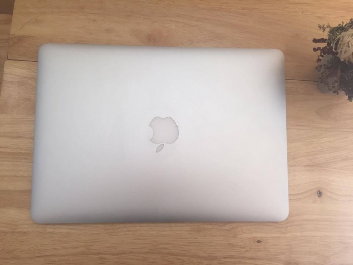 Macbook air 13inch MD760 i7 - Model 20141