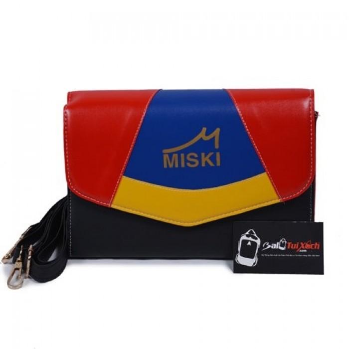 Nhận may túi xách theo yêu cầu. Chất lượng túi xách luôn đảm bảo về mẫu mã cũng như chất liệu.