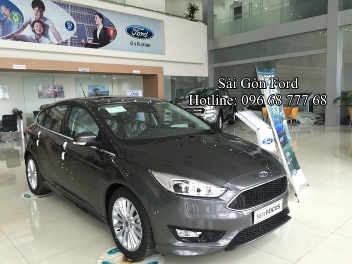 Giá lăn bánh Ford Focus 2017 - Gía tốt nhất hệ thống Ford Miền Nam