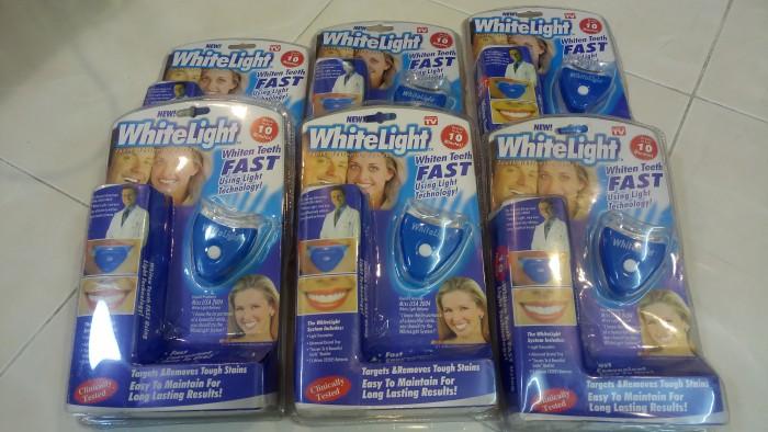 Dụng cụ tẩy trắng răng White Light .3