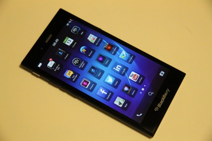 Bán Blackberry Z30