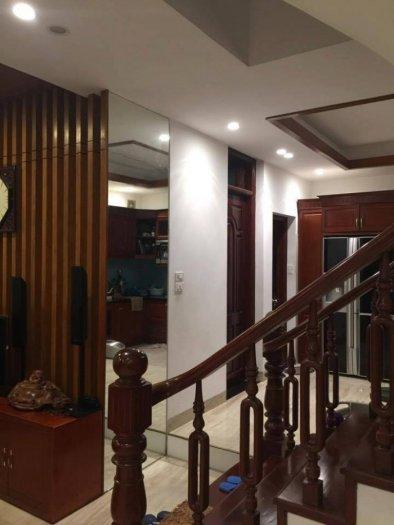 Bán nhà mặt ngõ 160 Hào Nam, Đống Đa, nhà đẹp, ô tô vào, giá hợp lý