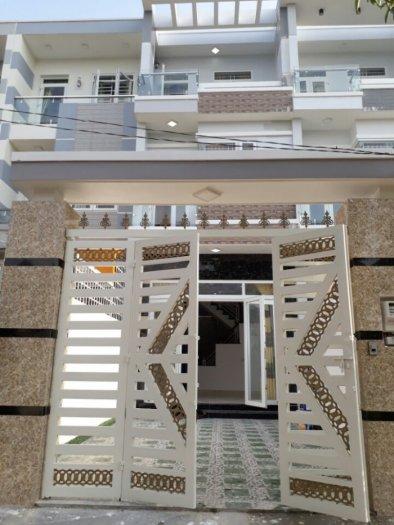 Nhà Tl41 , 1 trệt 2 lầu,, đường 8m, ô tô tận nhà