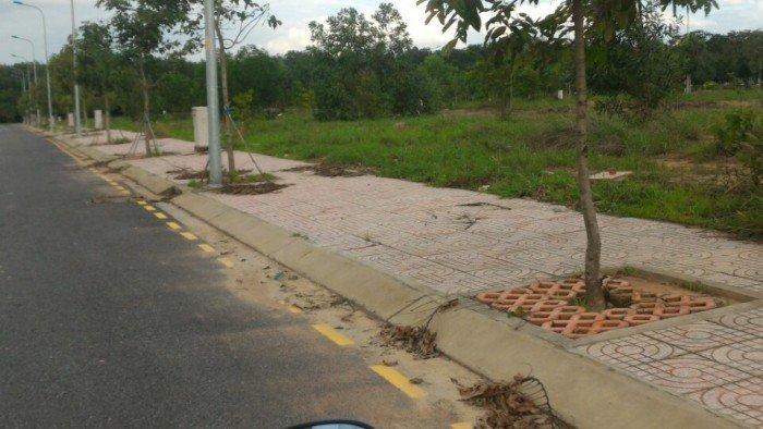 Đất nền 5x20m2, Đường Nguyễn Thị ĐỊnh. quận 2. mặt tiền. Sổ Hồng.