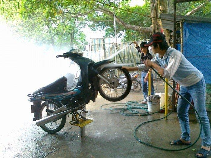 Cách lắp đặt ben nâng rửa xe máy chính xác nhất