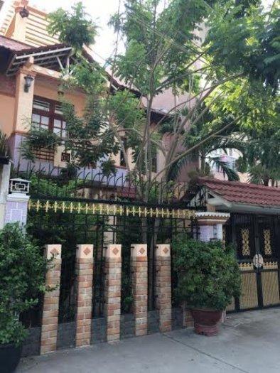 Bán nhà đường Lê Ngô Cát phường 7 quận 3 giá 194 triệu/m2