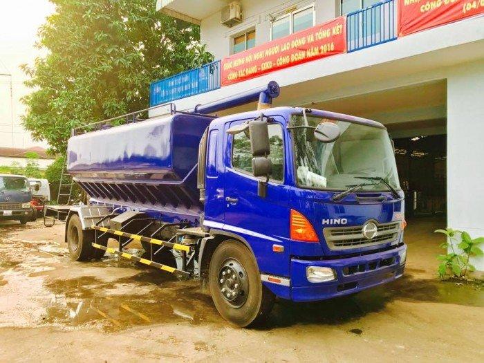 Công ty Ô Tô Đại Đô Thành – Cung cấp Hino FG8JPSB 6,8 Tấn thùng chở cám gạo 18m3 dài 5,8m 2