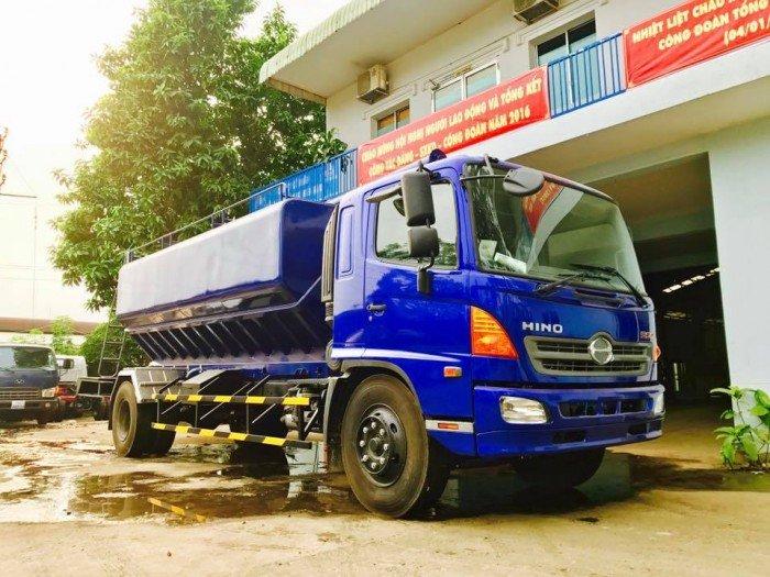 Công ty Ô Tô Đại Đô Thành – Cung cấp Hino FG8JPSB 6,8 Tấn thùng chở cám gạo 18m3 dài 5,8m 4