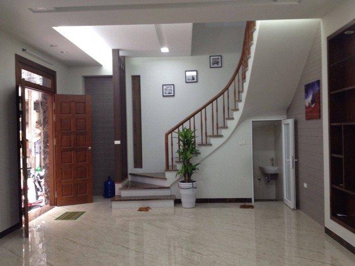 Bán nhà phố Trần Cung, Hoàng Quốc Việt, Phạm Văn Đồng, 40m2 x 5 tầng, giá 3.15 tỷ