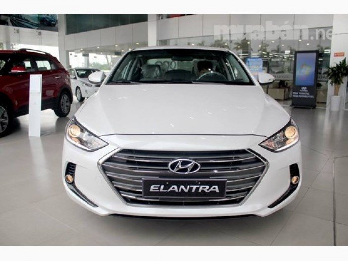 Hyundai Elantra sản xuất năm 2017 Số tay (số sàn) Động cơ Xăng