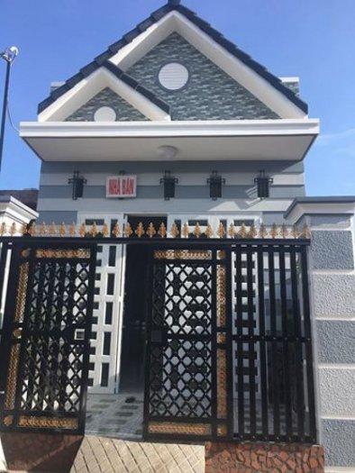Bán nhà đẹp mới xây 1 trệt 1 lững thổ cư 100% ( hổ trợ vay ngân hàng tới bến )