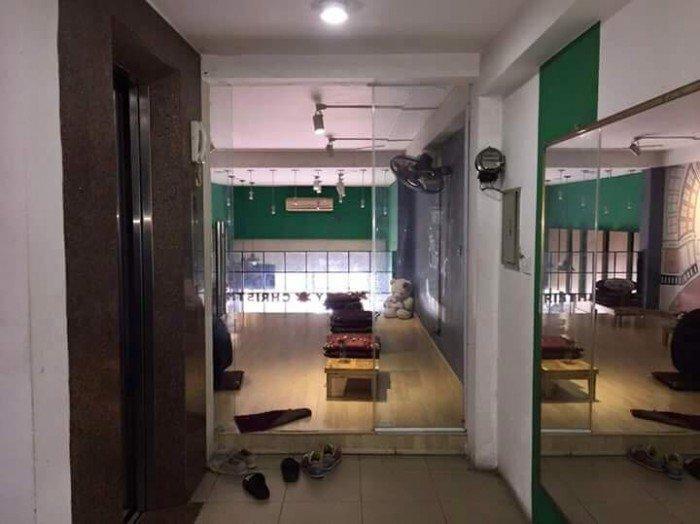 Cần cho thuê nhà mặt phố Thợ Nhuộm, DT 80m2, 2 tầng, mt 4.5m, 45 tr/tháng.