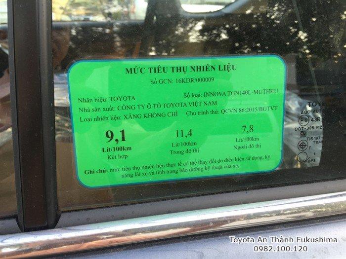Khuyến Mãi Toyota Innova 2017 Số Sàn Màu Xám Mới. Mua Trả Góp chỉ cần 140tr.