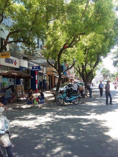 Bán nhà phân lô ngõ 19 Kim Đồng, 52m2, đường 8m, hè 5m, KD đắc địa