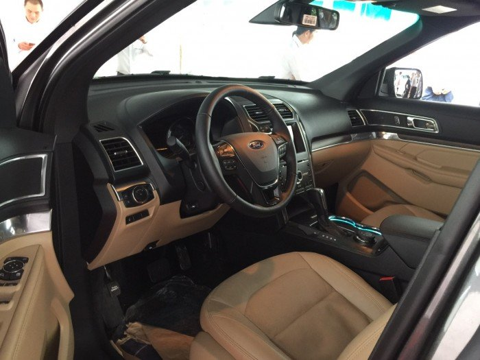 Ford Explorer 2017 Giá cực sốc, giảm giá KHỦNG KHIẾP NHẤT MIỀN NAM -