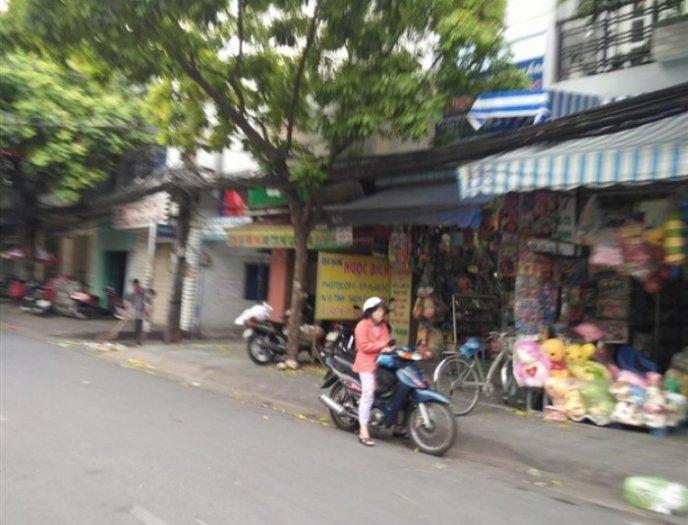 Bán nhà mặt tiền 168A Âu Dương Lân, Phường 3, quận 8. Diện tích: 4.2 x 36m.