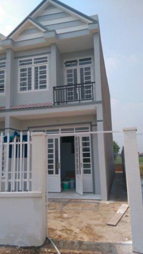 Bán nhà QL50 ngã 3 Tân Kim _ 1 trệt 1 lầu DT 4 x 24m SHR
